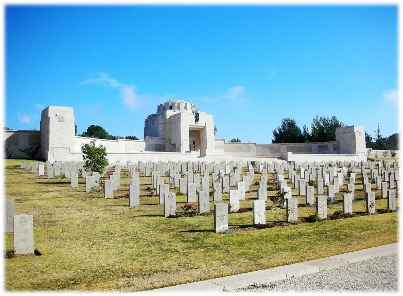 Jerusalem war memorial