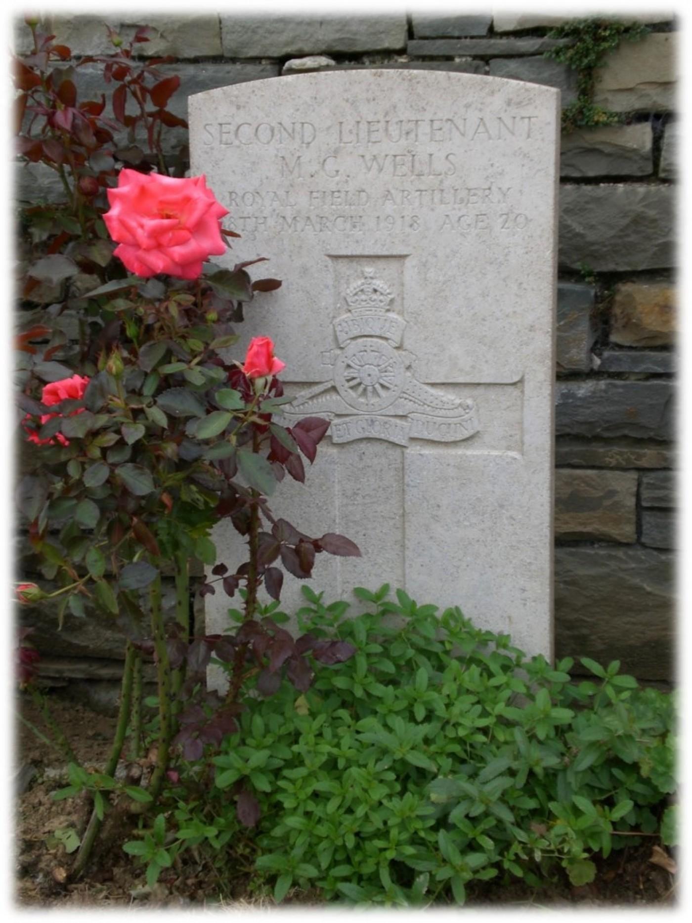 Wells grave